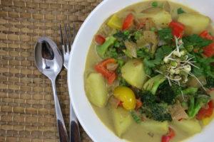 Simple Green Curry | Oil-Free | Vegan