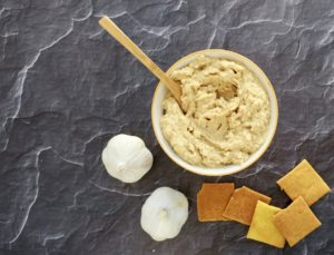 Roasted Garlic Oil-Free Hummus