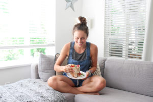Hooked on People Interview with Roslyn aka 'But First, Plants' + Coconut Thai Curry!