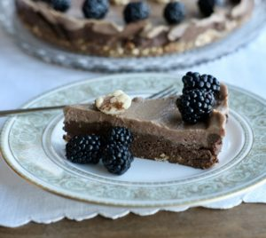 Raw Vegan Raspberry Chocolate Mousse Dream Pie