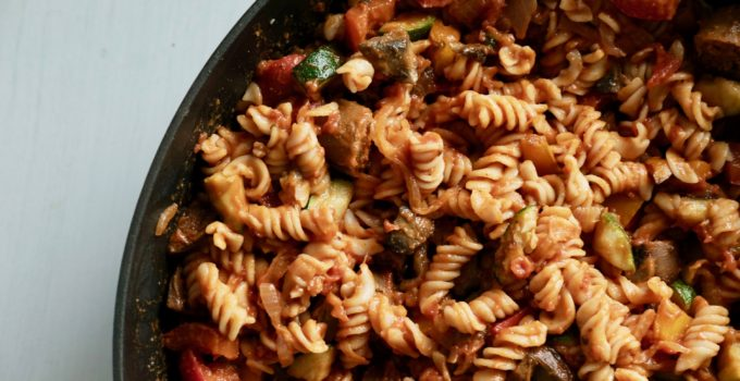 Creamy Vegan Red + White Sauce BBQ Pasta + 10 Reasons to DITCH DAIRY